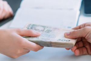 Кабмин одобрил выдачу банками кредитов бизнесу под госгарантии
