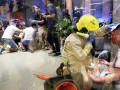 Неизвестный напал с ножом на депутата в Гонконге