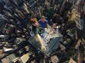 Daily Mail представила фото студента из России, покоряющего высотки
