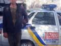 В Никополе пьяный мужчина стрелял из пистолета по окнам знакомой
