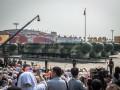 Китай показал на параде новые ракеты и другое оружие