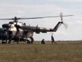 Как бойцы ССО отрабатывают десантирование с вертолета