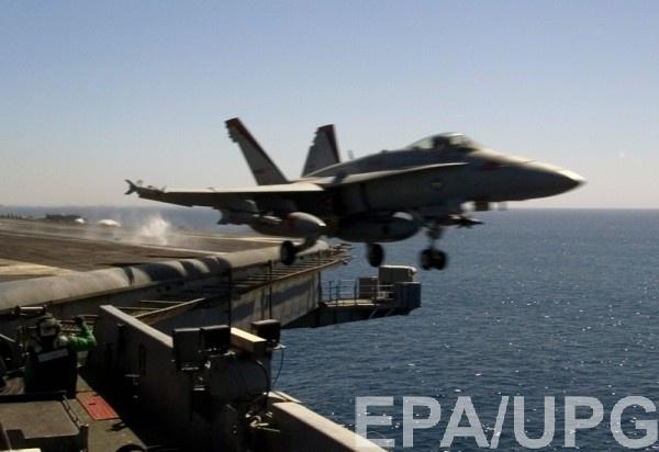 Упал F/A-18E Super Hornet с американского авианосца