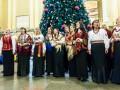 На столичном вокзале для пассажиров спели колядки и щедривки