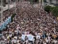 Полмиллиона китайцев вышло на марш оппозиции в Гонконге