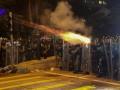 Протесты в Гонконге: Перекрыли тоннель с Китаем