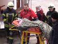 Из зоны ООС самолетом в Киев эвакуировали впавшего в кому ребенка