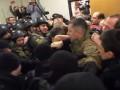 Дело Шеремета: Полиция с боями вывезла Кузьменко в СИЗО