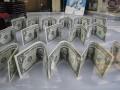 Доллар снова подорожал к закрытию межбанка