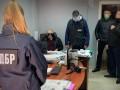 Винницкий адвокат вымогал у подзащитного 15 тысяч долларов