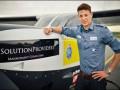 Швейцарец установил рекорд, став самым молодым пилотом, совершившим кругосветное путешествие