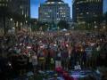 Тысячи американцев почтили память погибших в Орландо