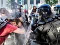 Против протестующих под Белым домом использовали резиновые пули