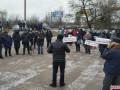 В Житомире протестующие перекрыли выезды из города
