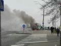 В Киеве по проспекту Победы горит рейсовый автобус