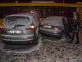 В Киеве столкнулись три легковушки и автобус, есть пострадавшие