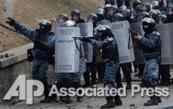 Киев выдал ОРДЛО беркутовцев в рамках обмена пленными