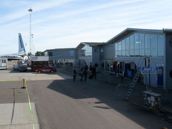 Стокгольмский аэропорт Скавста эвакуирован из-за сообщения оподозрительном предмете