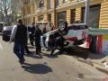 В Одессе внедорожник подрезал автомобиль ГСЧС: спасатель госпитализирован