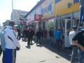 В Киеве сносят МАФы на Дарницкой площади