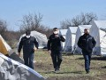 В Украине для обсервации подготовили 65 палаток посреди поля