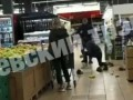 В супермаркете Киева из-за фруктов произошла драка