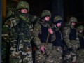 Порошенко поручил немедленно разоружить людей в Укрнафте