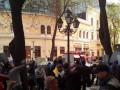 Видео: В Одессе протестующие захватили пожарную машину