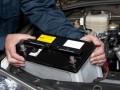В поисках работы: в Киеве гастарбайтер из России украл аккумулятор из чужой машины