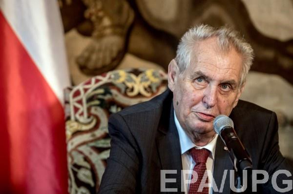 По мнению Милоша, ни одно российское правительство не откажется от Крыма