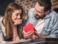 День влюбленных: Какими подарками украинцы будут радовать свои половинки