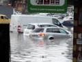 Симферополь уходит под воду: сильный ливень затопил город