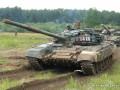 Террористы в Снежном ездят на российских танках Т-72 - Тымчук