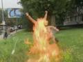 Возле Минобороны военный-доброволец устроил самосожжение
