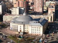 В Украине приватизируют все государственные цирки и киностудию Довженко