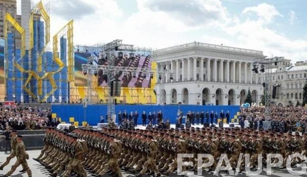 """Во время парада теперь военные будут использовать приветствие """"Слава Украине!"""" и """"Героям слава!"""""""