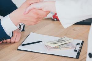 Сколько в среднем украинцы переплачивают за ипотеку: Точные цифры