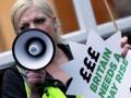 В Англии и Северной Ирландии бастуют медики