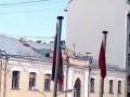 Житель Москвы швырял в прохожих кирпичи с крыши