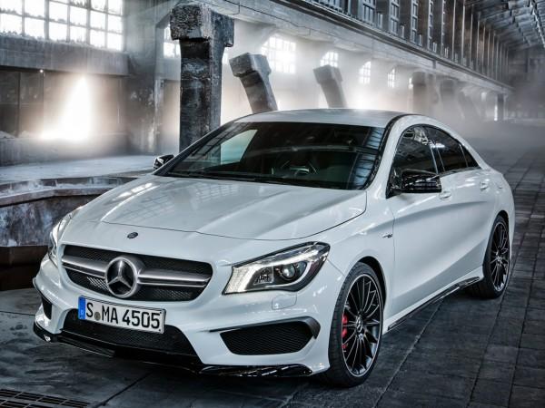 Mercedes-Benz CLA 45 AMG - спортивная версия нового седана