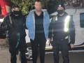 Под Киевом мужчина угрожал взорвать ёмкости с горючим