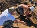 На Арабатской стрелке археологи раскопали могилу сармата