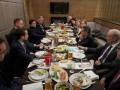 Зеленский встретился с послами стран G7