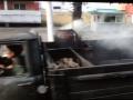 Турист в Пхеньяне снял на видео супермаркет и машину на дровах