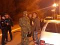 В Мариуполе четверо мужчин из авто стреляли в прохожего