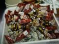 Печенье и конфеты Рошен: чем угощали участников съезда партии Порошенко