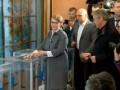 Бойко и Тимошенко проголосовали первыми из кандидатов