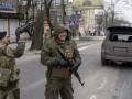 Пьяные сепаратисты напали на село под Мариуполем и похитили женщину