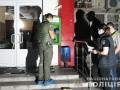 В Киеве на Подоле разнесли и ограбили уличный банкомат