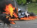 ДТП в Киеве: видео спасения водителя из объятого огнем авто